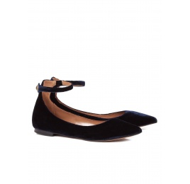 Ankle strap point-toe flats in night blue velvet Pura López