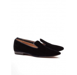 Flat loafers in night blue velvet Pura López