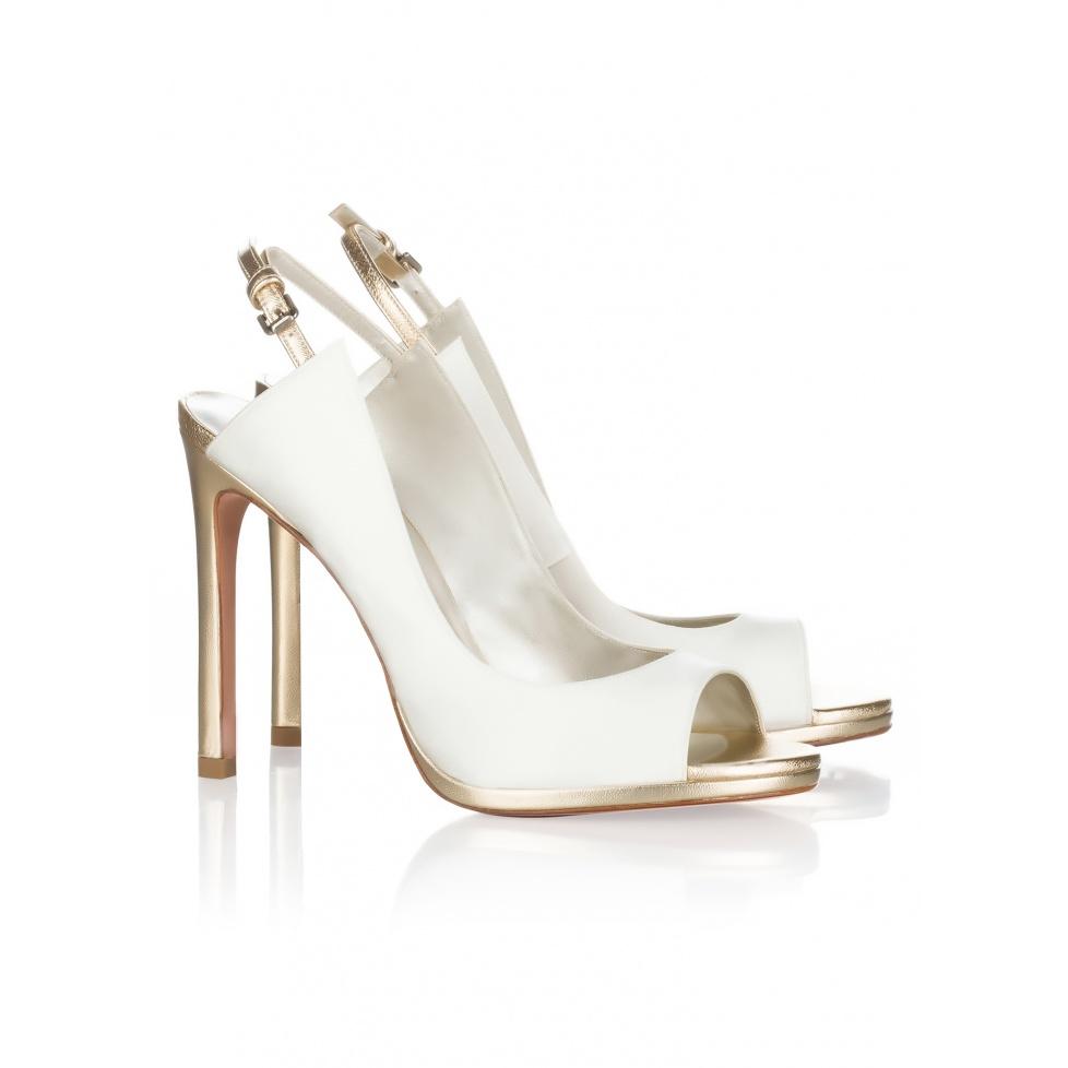 Peep toes de novia Pura López en raso blanco roto