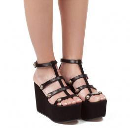 Sandalias de cuña en piel y ante negro con pulsera Pura López