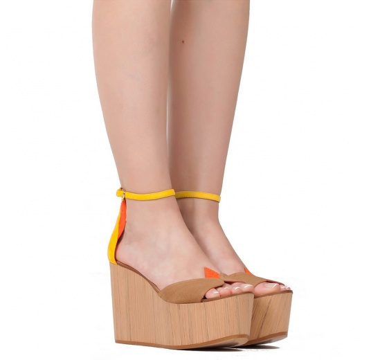 Wood wedge sandals in multicolored suede Pura L�pez