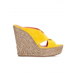 Wedge sandals in yellow suede Pura López