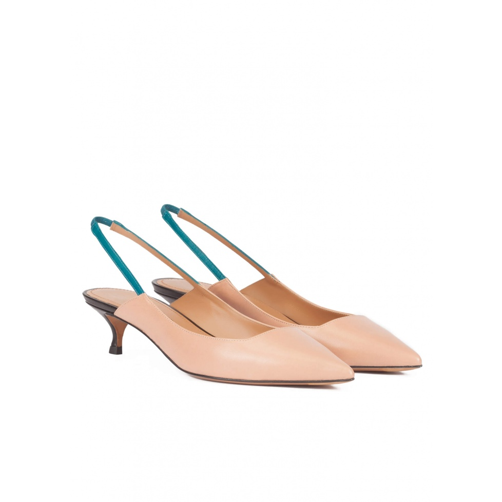 Slingback low heel pumps in nude leather