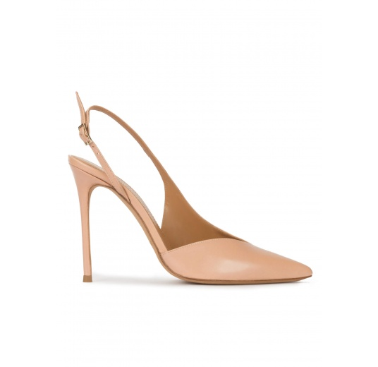 Nude leather asymmetric heeled slingback pumps Pura L�pez