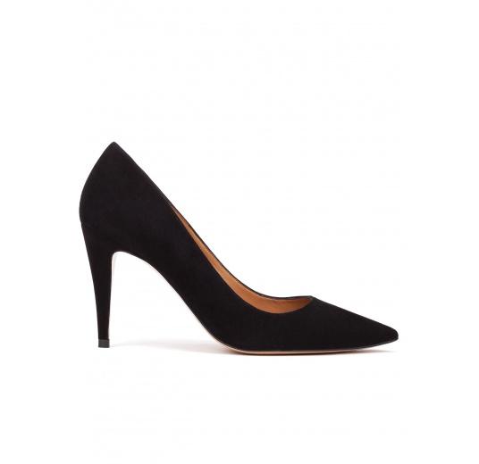Zapatos de salón con tacón alto en ante color negro Pura López