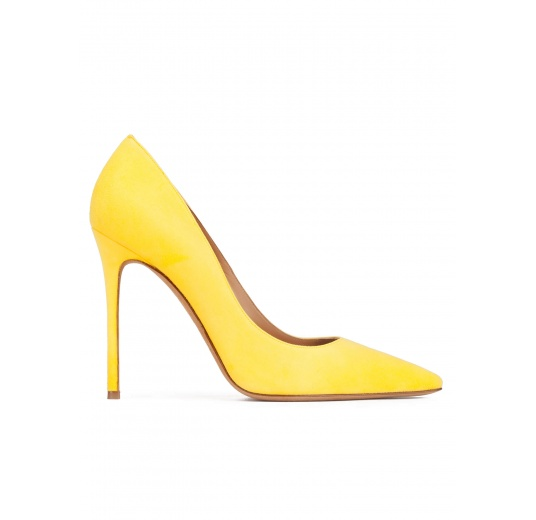 Heeled pointy toe pumps in yellow suede Pura L�pez
