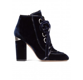 Lace-up high block heel ankle boots in night blue velvet Pura López