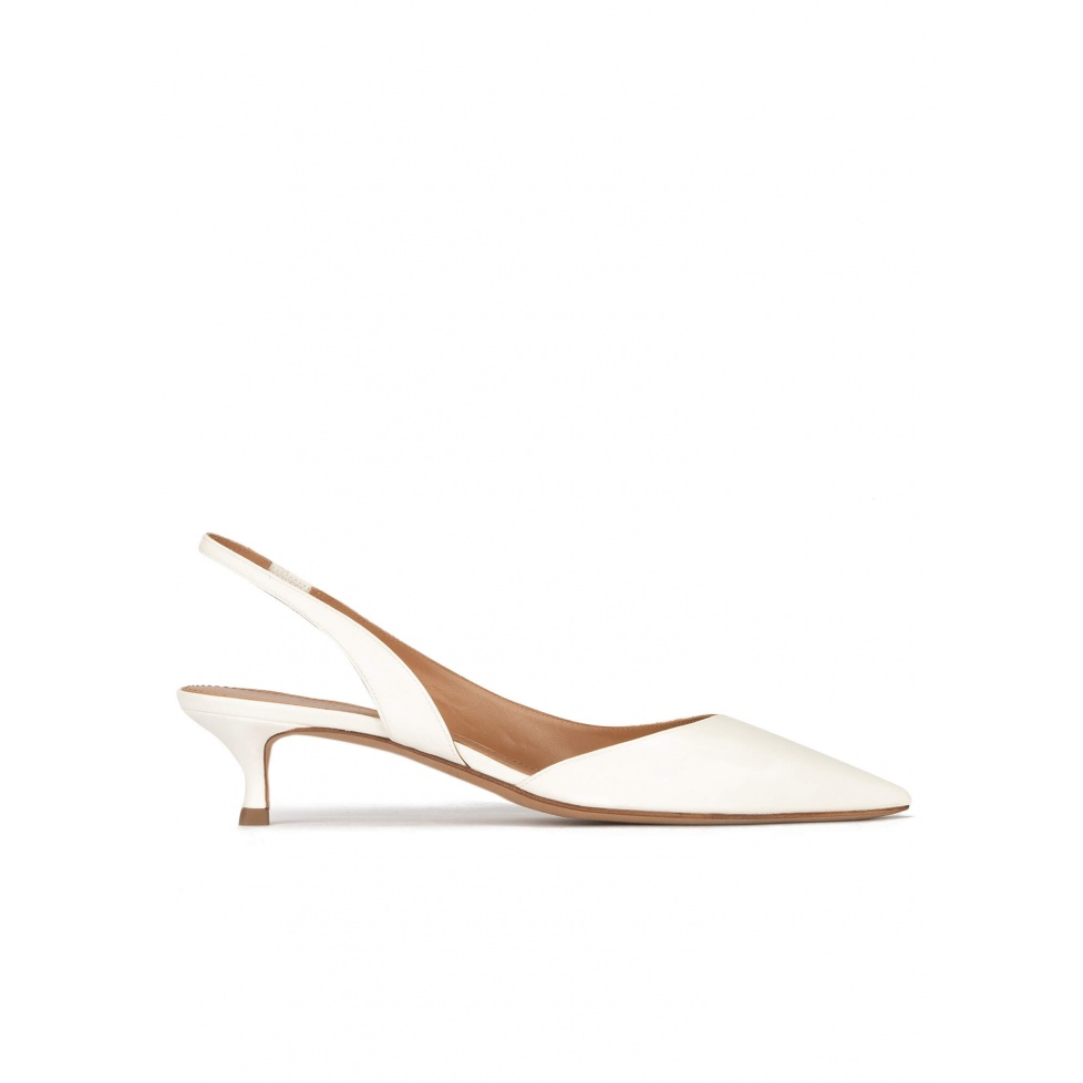 Slingback kitten heel pumps in off-white leather