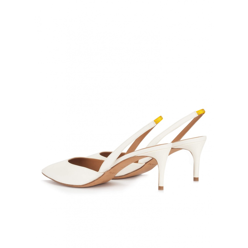 Mid-heel pointed toe slingback shoes in offwhite leather