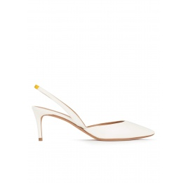 Mid-heel pointed toe slingback shoes in offwhite leather Pura López