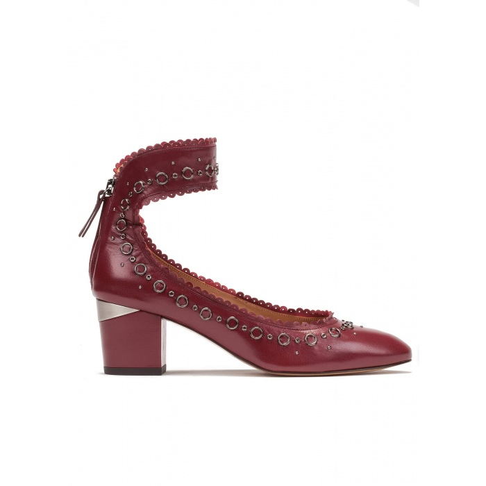 Ankle strap mid heel shoes in burgundy leather
