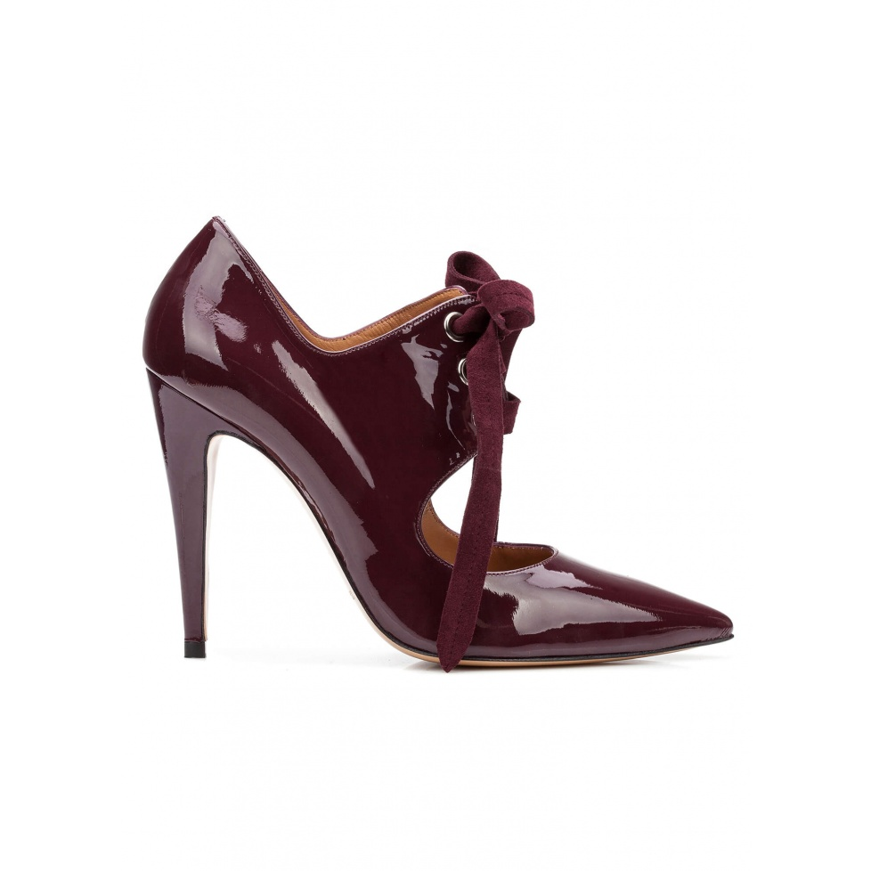 Lace-up high heel shoes in aubergine patent leather