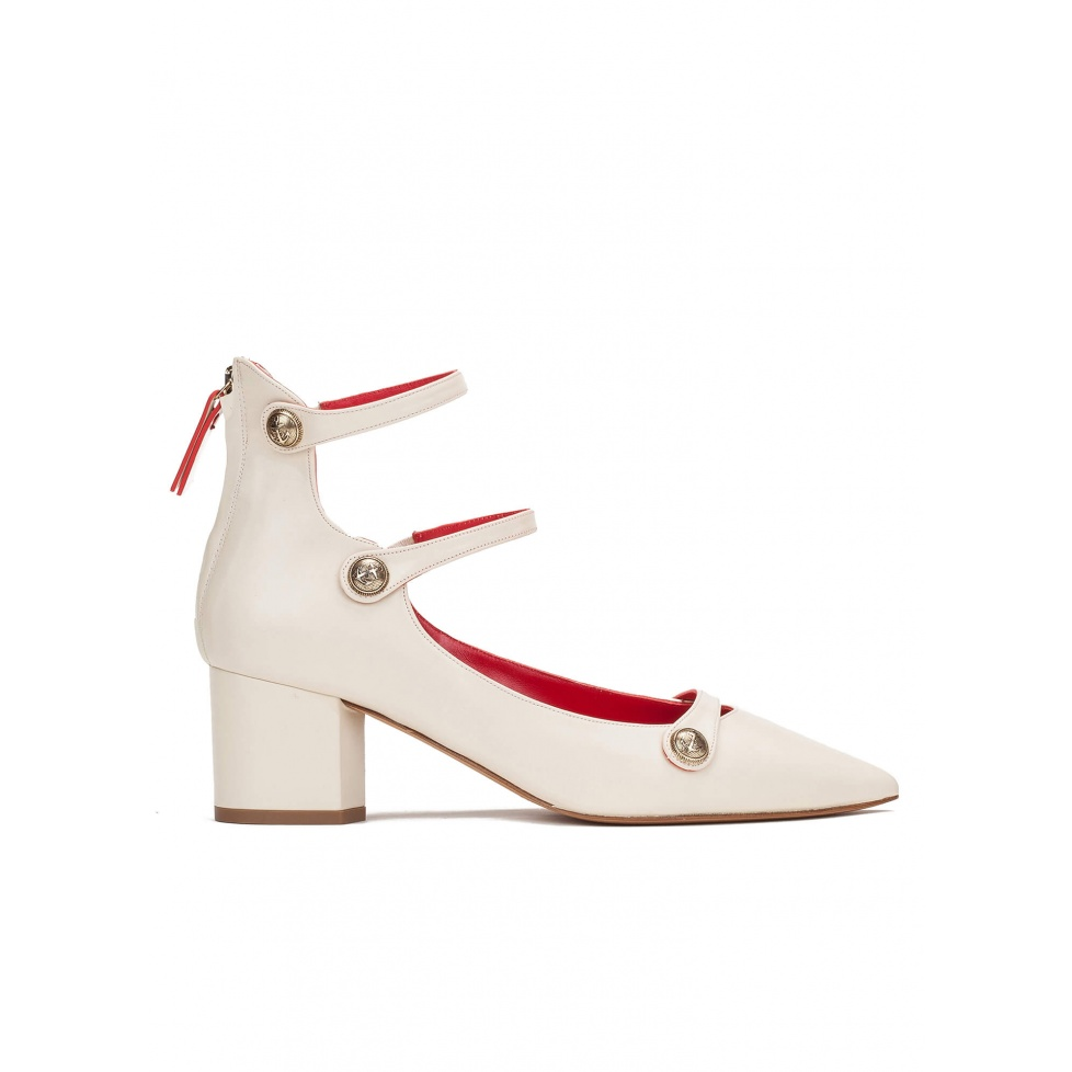 Mid heel shoes in cream leather