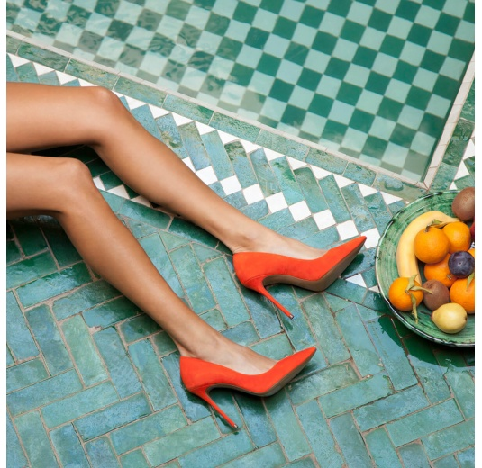 Orange suede pointy toe stiletto pumps Pura L�pez