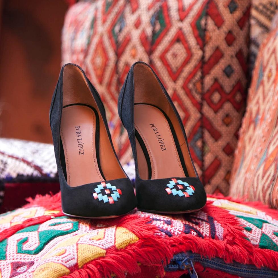 Tribal black pumps - online shoe store Pura Lopez