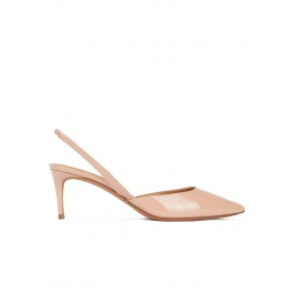 Mid-heeled pointy toe sling-back shoes in nude patent leather Pura López