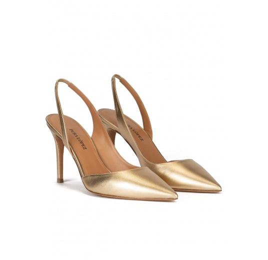 Golden slingback pointy toe pumps with 90mm stiletto heel Pura López