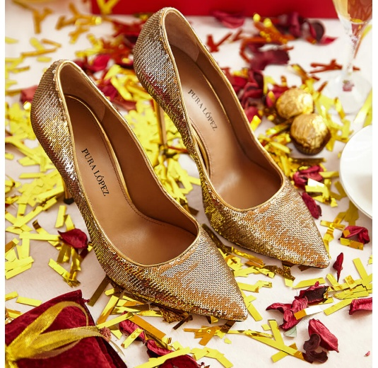 Gold sequined point-toe high heeled pumps Pura L�pez