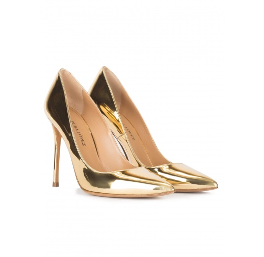 High heel point-toe pumps in gold mirrored leather Pura L�pez