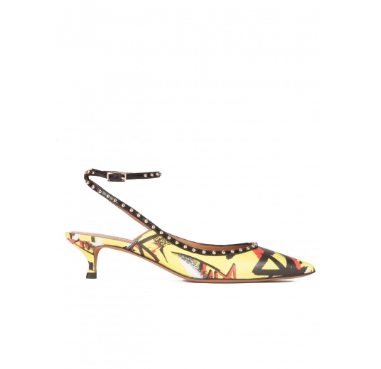 Graffiti print ankle strap mid heel point-toe pumps Pura L�pez