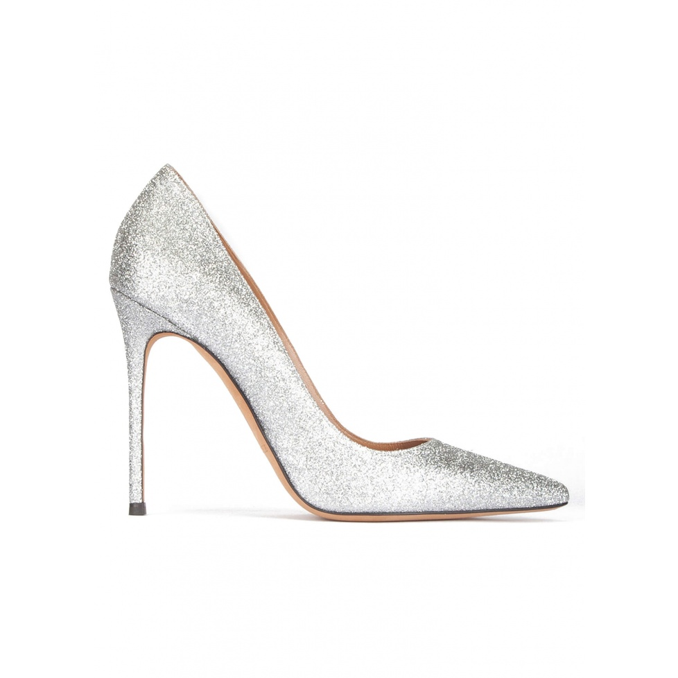 High heel pumps in silver glitter