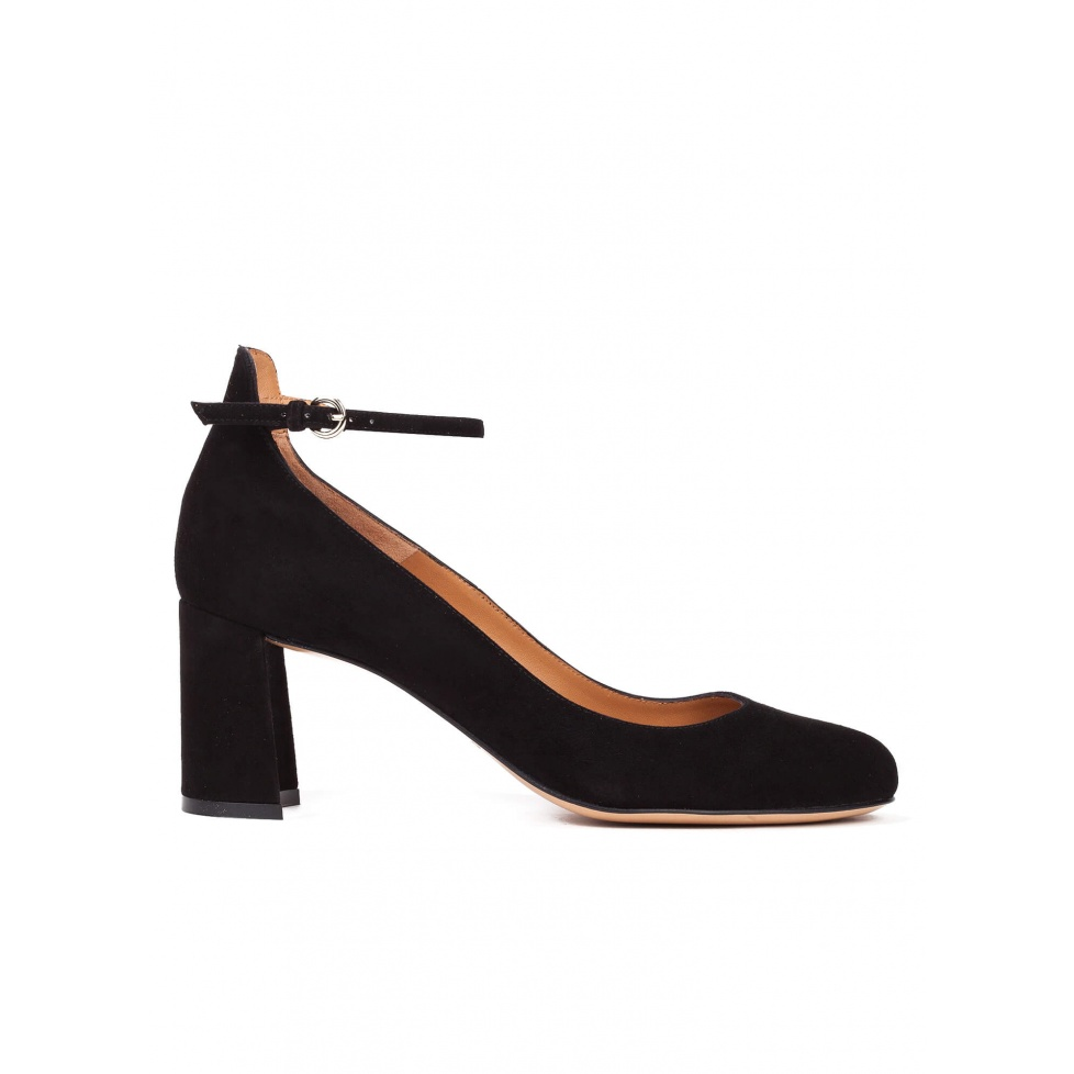 Ankle strap mid heel shoes in black suede