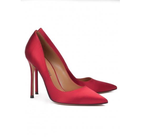 High heel pumps in red satin Pura L�pez