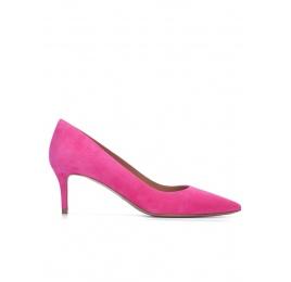 Zapatos de tacón medio y punta fina en ante fucsia Pura López