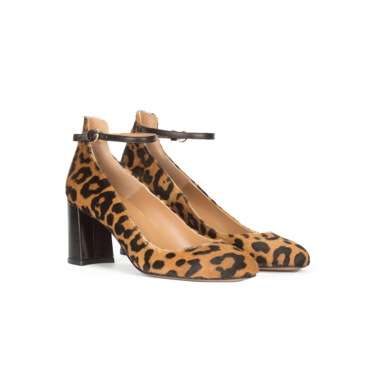 Leopard print ankle strap mid block heel shoes Pura L�pez