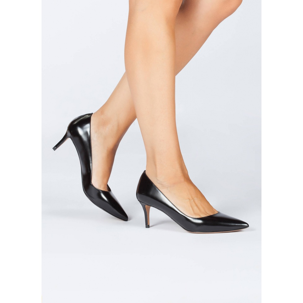 Zapatos negros de salón en piel - tienda de zapatos Pura López