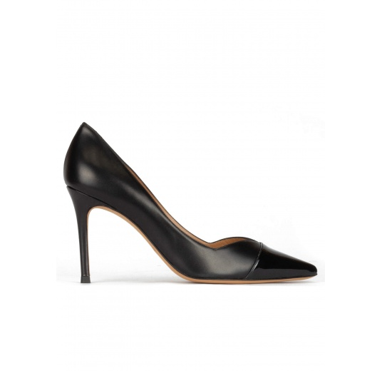 Stiletto heel pointy toe pumps in black patent and leather Pura L�pez
