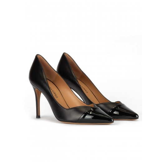 Stiletto heel pointy toe pumps in black patent and leather Pura López