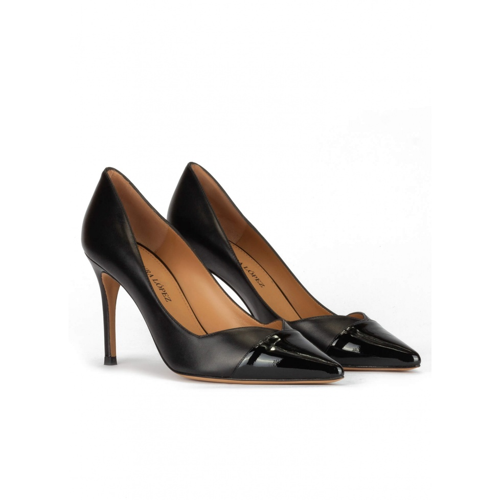 Stiletto heel pointy toe pumps in black patent and leather