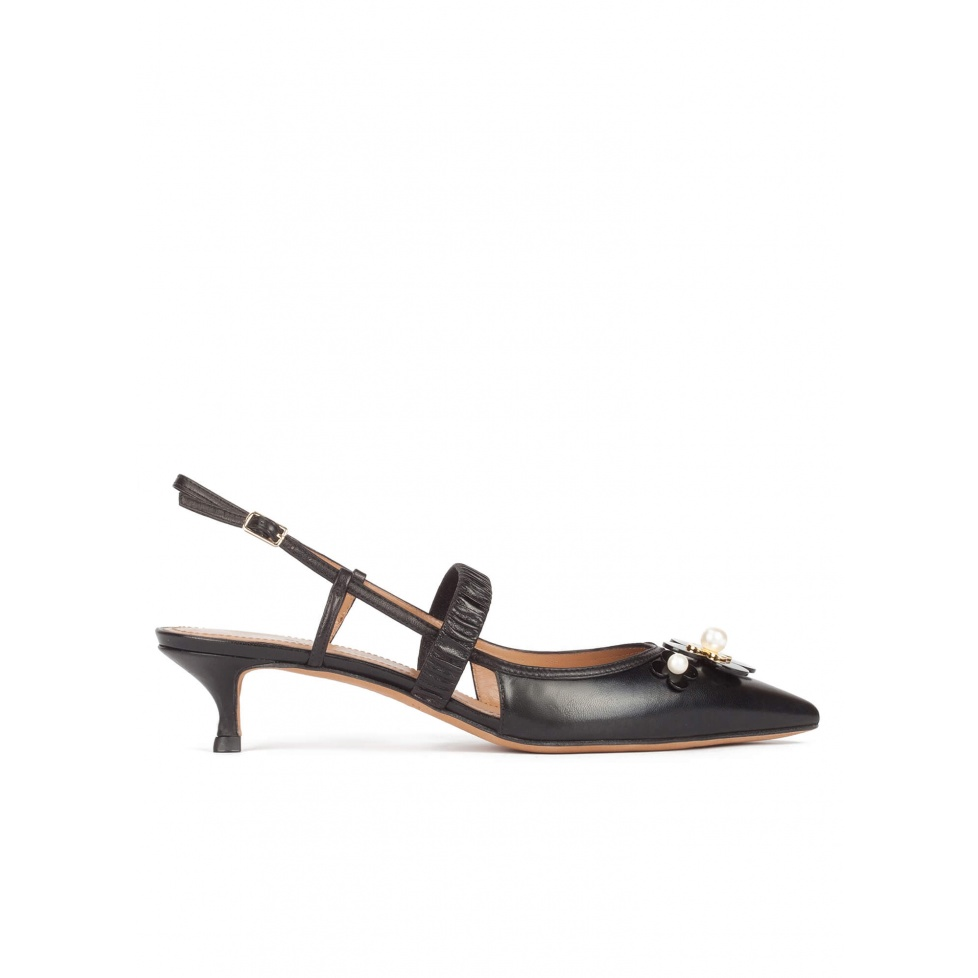 Slingback kitten heel pumps in black leather