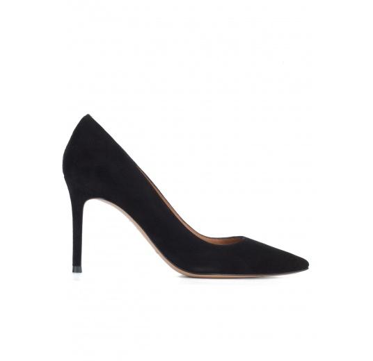 Zapatos negros de tacón en ante Pura L�pez