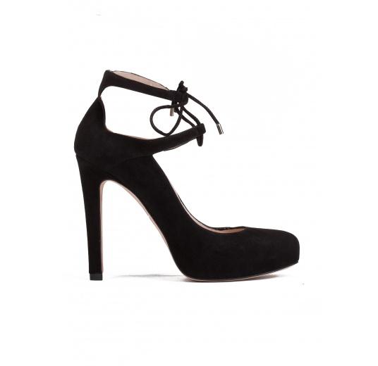 High heel shoes in black suede Pura L�pez