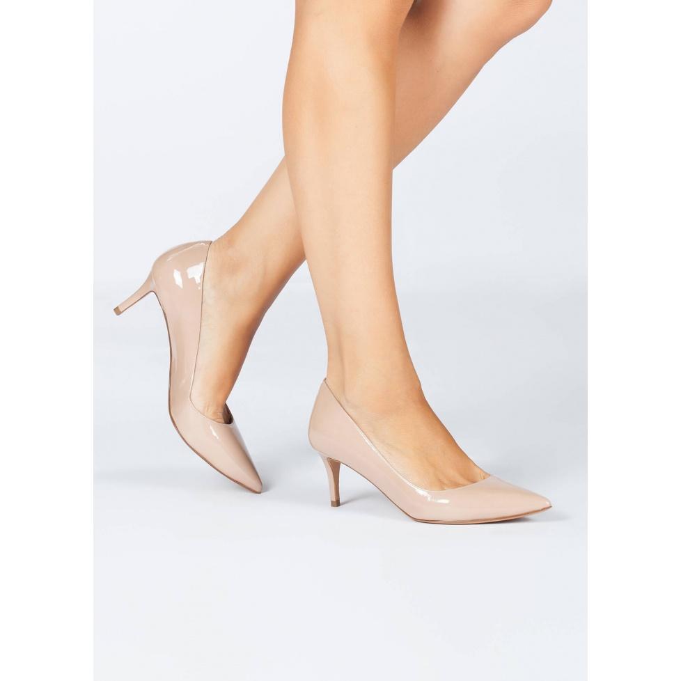 Mid heel pumps in nude patent - online shoe store Pura Lopez