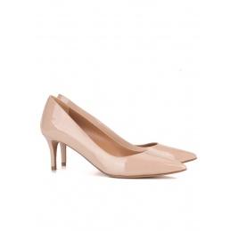 Nude patent leather classic heels Pura López