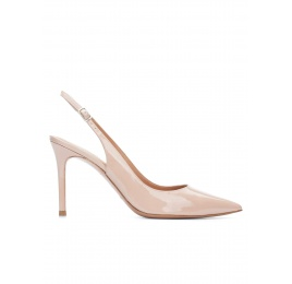 Nude patent leather slingback pointy toe pumps Pura López