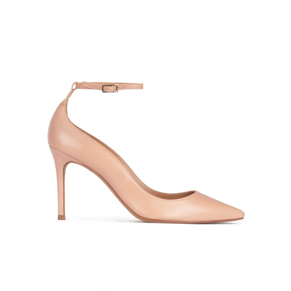 Ankle strap high heel point-toe shoes in nude leather