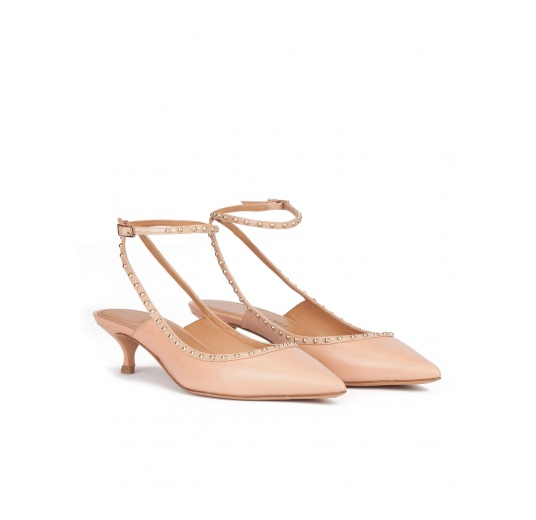 Ankle strap mid heel point-toe pumps in nude leather Pura L�pez
