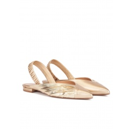 Slingback pointy toe flats in gold leather Pura López