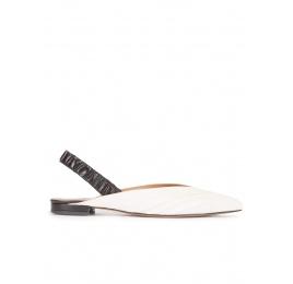 Zapatos planos de punta fina en piel blanco y negro Pura López