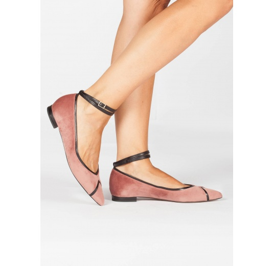 Ankle strap point-toe flat shoes in nude velvet Pura L�pez