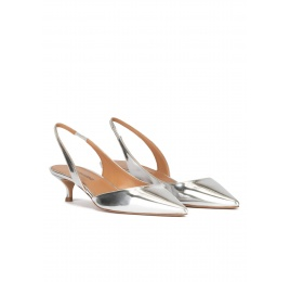 Slingback kitten heel pumps in silver mirrored leather Pura López