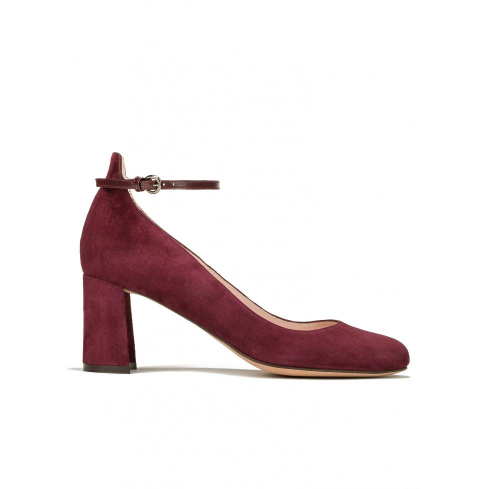 Zapatos de tacón medio en ante burdeos