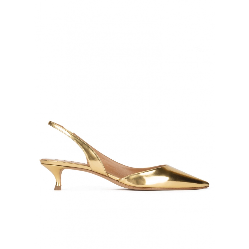 Slingback pumps in gold mirrored leather