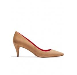 Zapatos de salón con tacón medio en ante avellana Pura López