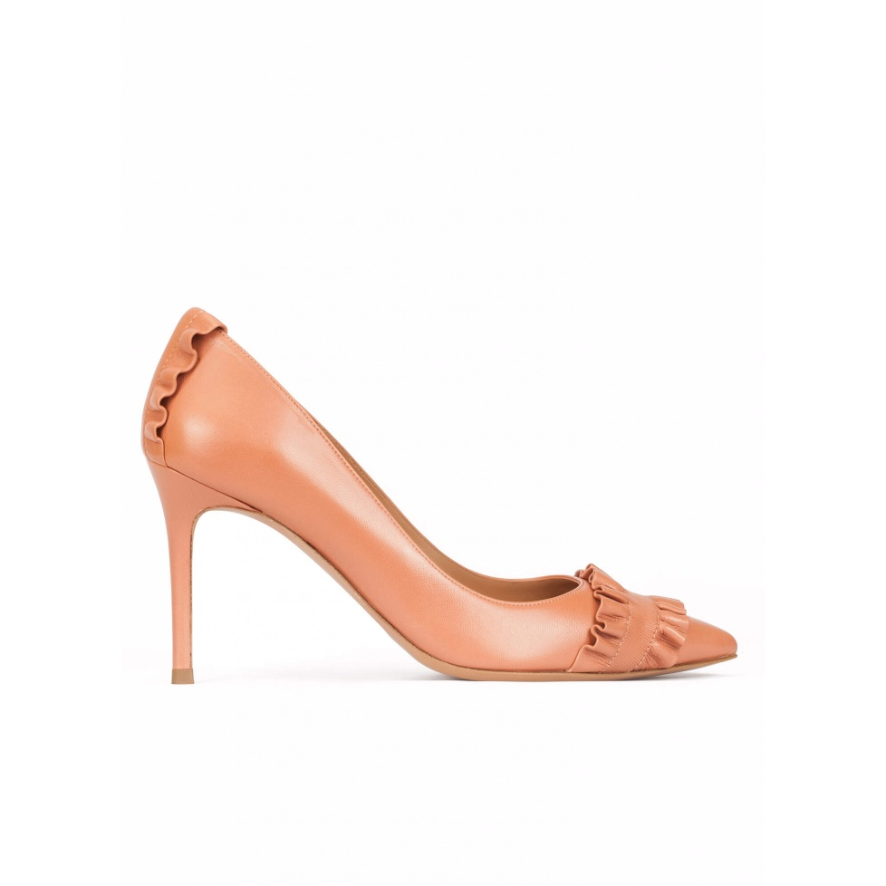 Ruffled point-toe pumps in old rose leather