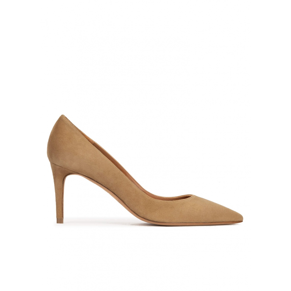 Mid heel sharp point-toe pumps in camel suede